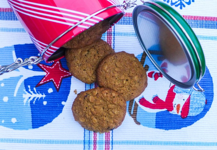 Ginger Oatmeal Crunch Cookies