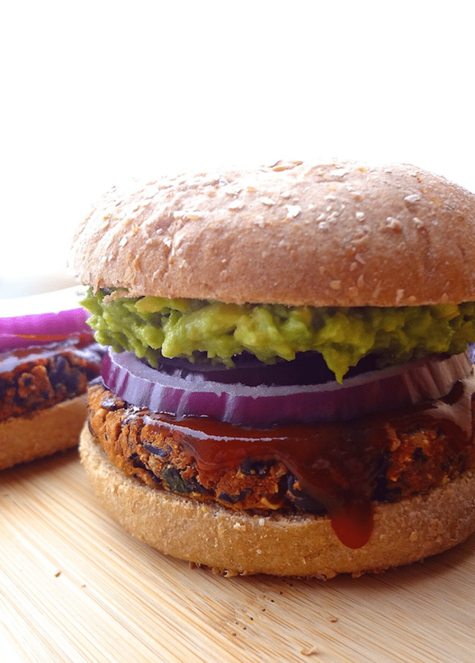 No Crumble BBQ Black Bean Burgers