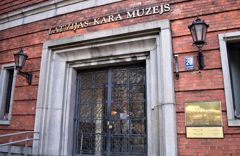 War Museum of Latvia, entrance