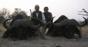 el rey emérito Matar-un-elefante-en-Botsuana