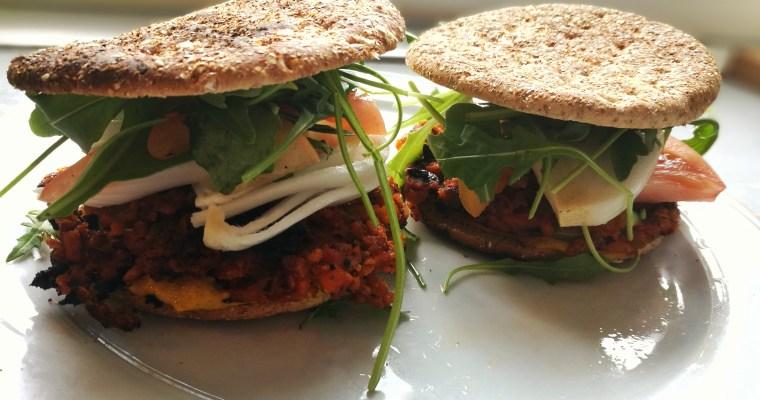 Hamburguesas veganas de soja texturizada¡Super fáciles y económicas!