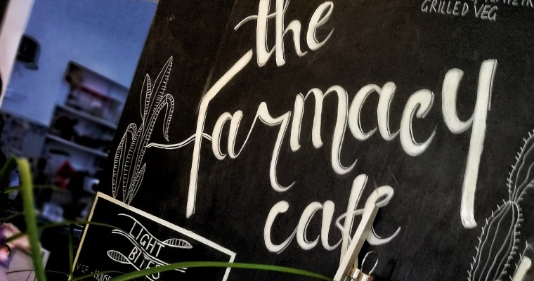 Restaurante Vegano en Marbella «The Farmacy»:  Yoga y Bienestar
