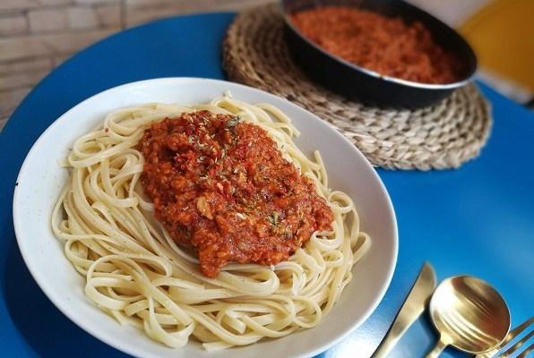 Receta de salsa Boloñesa vegana con soja texturizada