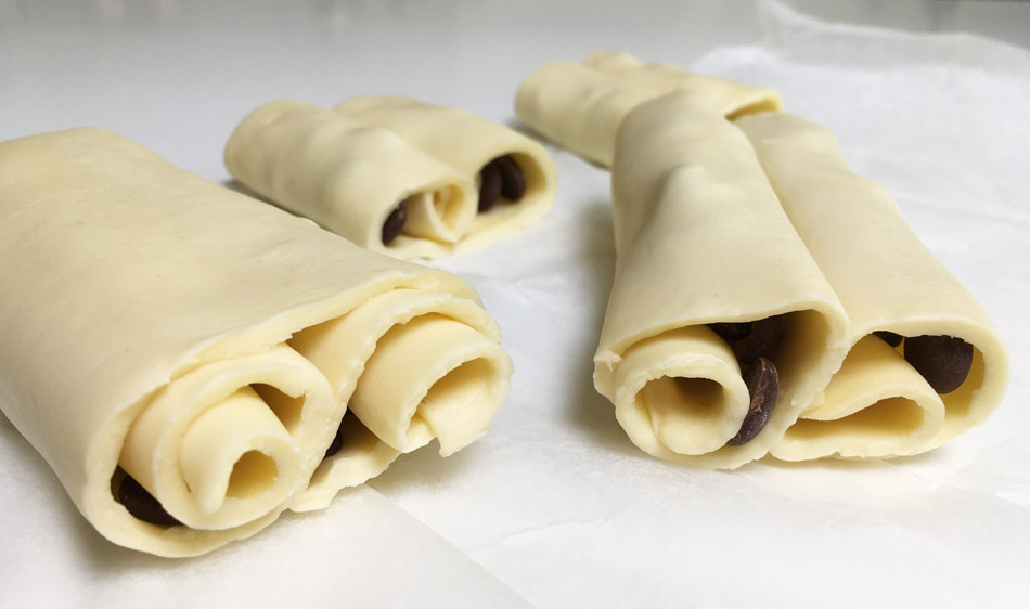 chocoladebroodjes maken met kant-en-klaar bladerdeeg