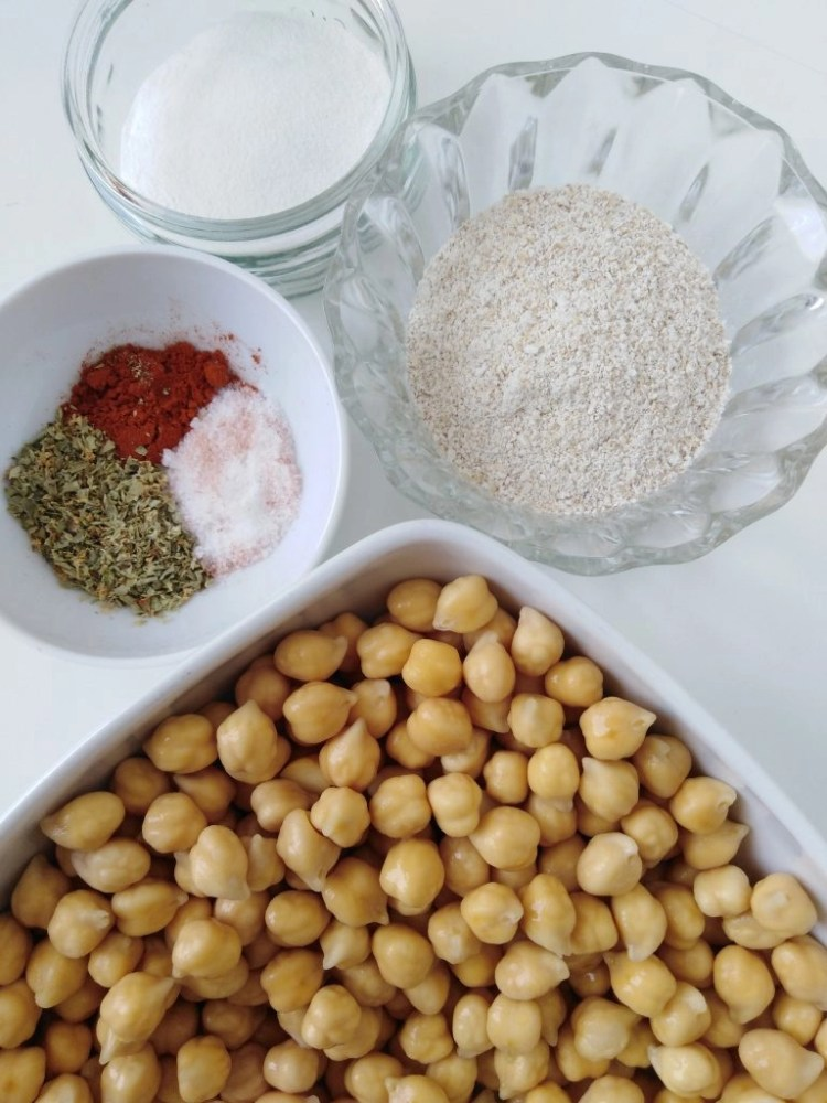 ingredients to make chickpea balls