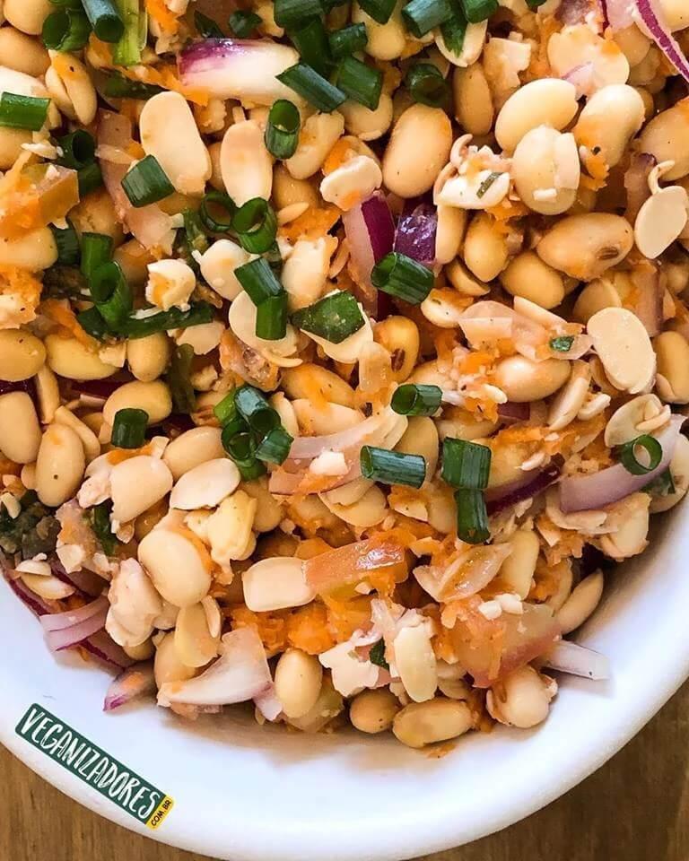 Salada Vegana de Soja Orgânica - Receita Veganizadores