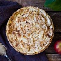 Apfelkuchen/ Apfeltarte mit Vanillefüllung (vegan)