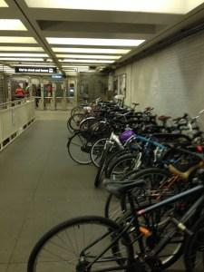 Chicago Bike Racks in Metro L | Vegan Nom Noms