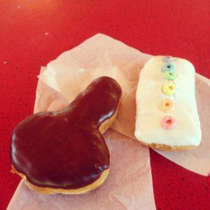 Voo Doo Donuts Portland   Vegan Nom Noms