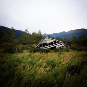 Alaska Sunken House Earthquare | Vegan Nom Noms
