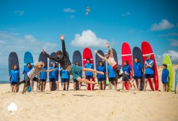 Surf Group Vegan Surf Camp