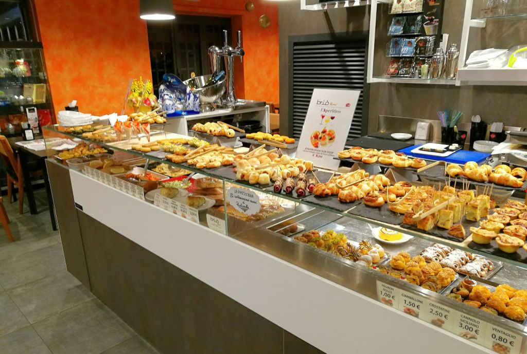 Vegan Aperitivo Buffet in Rome
