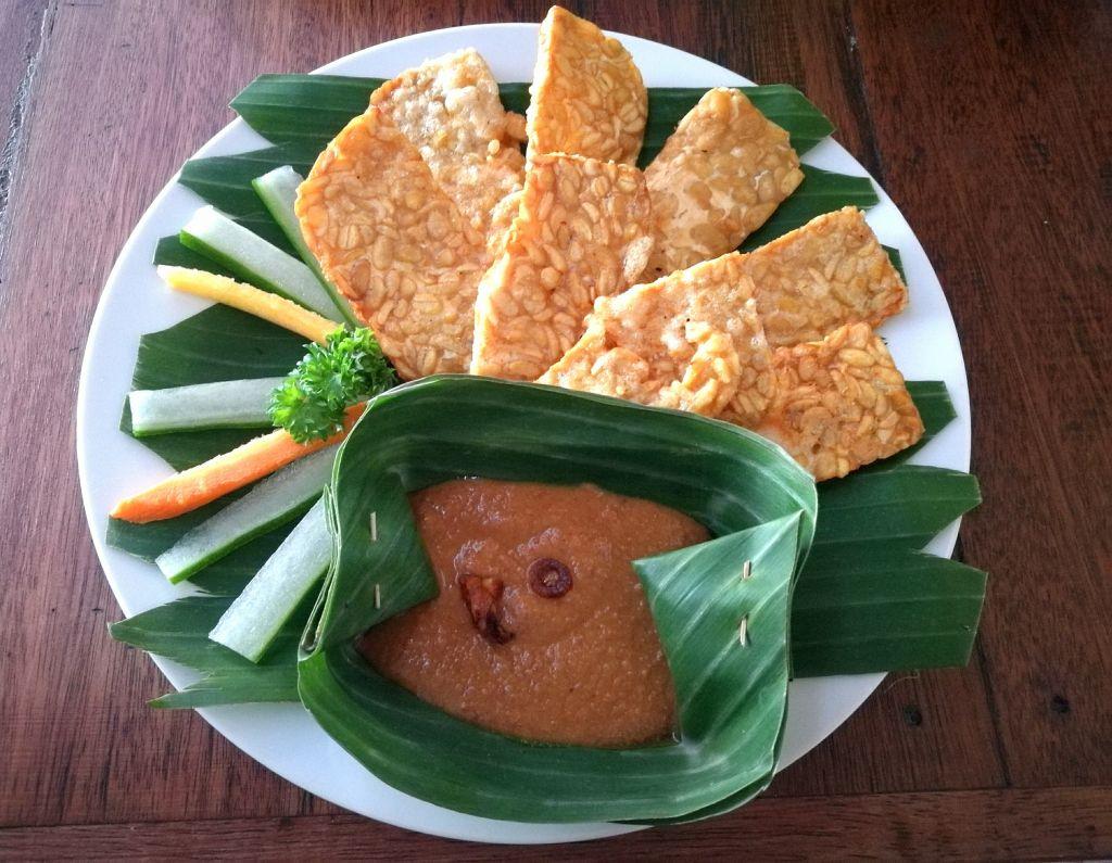 A plate of vegan tempeh goreng in Bali