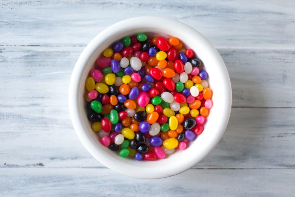 are starburst jelly beans vegan? bowl of jelly beans