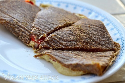 ThisRaw Quesadilla is made up of aFlaxseed Tortilla and delicious, rich, cashew cheese. Adding in some fresh fruits, really rounds out this recipe.