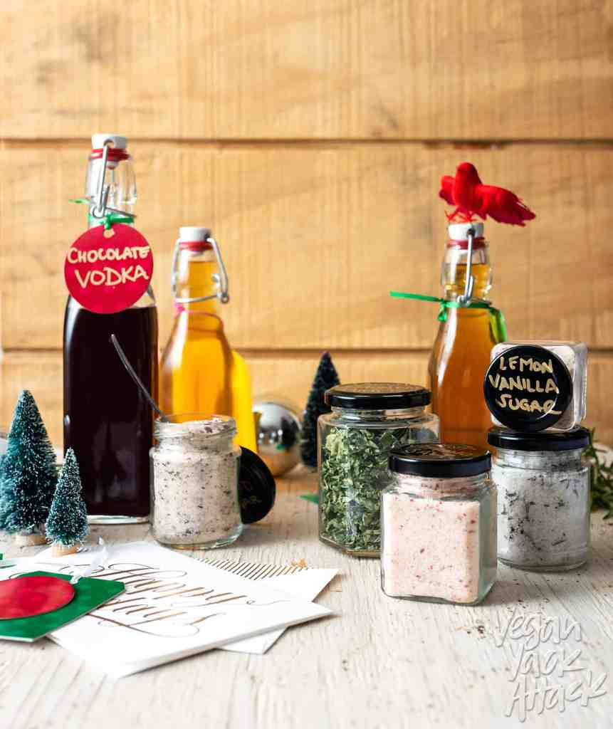 Gift giving can be hard, and when you get into the vegan niche it can become even more overwhelming! I'm here to help with my DIY Vegan Gift Guide, featuring homemade gifts, books, goodies, and more. #vegan #DIY #gifts #ecofriendly #lowwaste