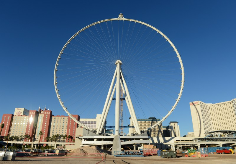 The first passenger cabin is rotated to the top of the Las Vegas High Roller, officially making it the world's tallest observation wheel at 550 feet.