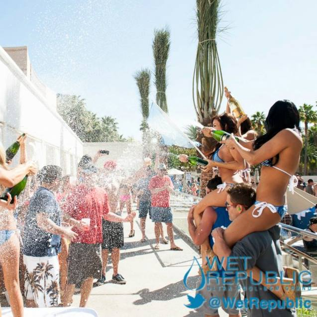 Champagne Showers at Wet Republic