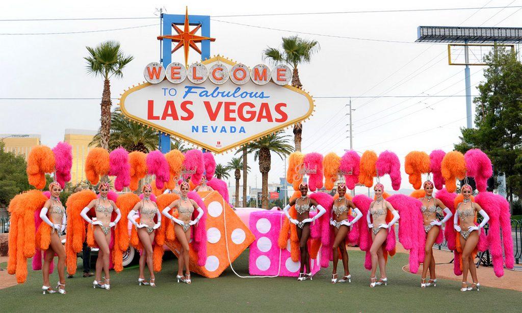 10 Reasons - Las Vegas Showgirls