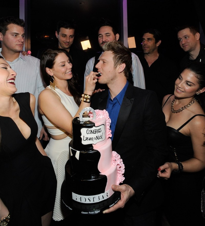Lauren Kitt feeds Nick Carter cake at Ghostbar (David Becker)