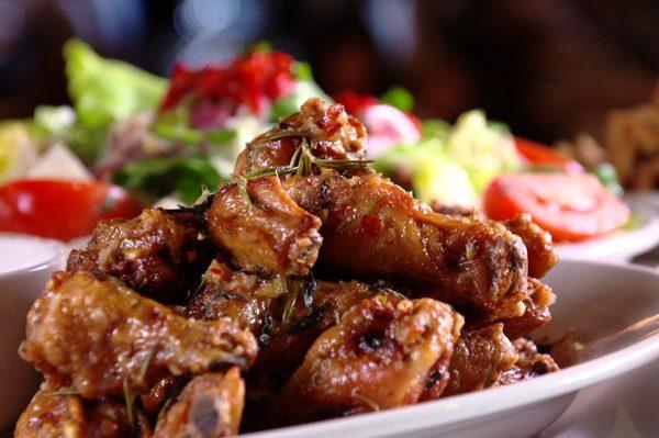 Carmine's Las Vegas - Spicy Scarpariello Wings
