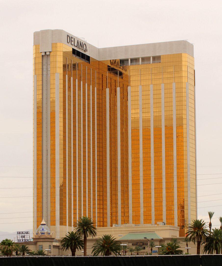 Delano Las Vegas Sign Installation
