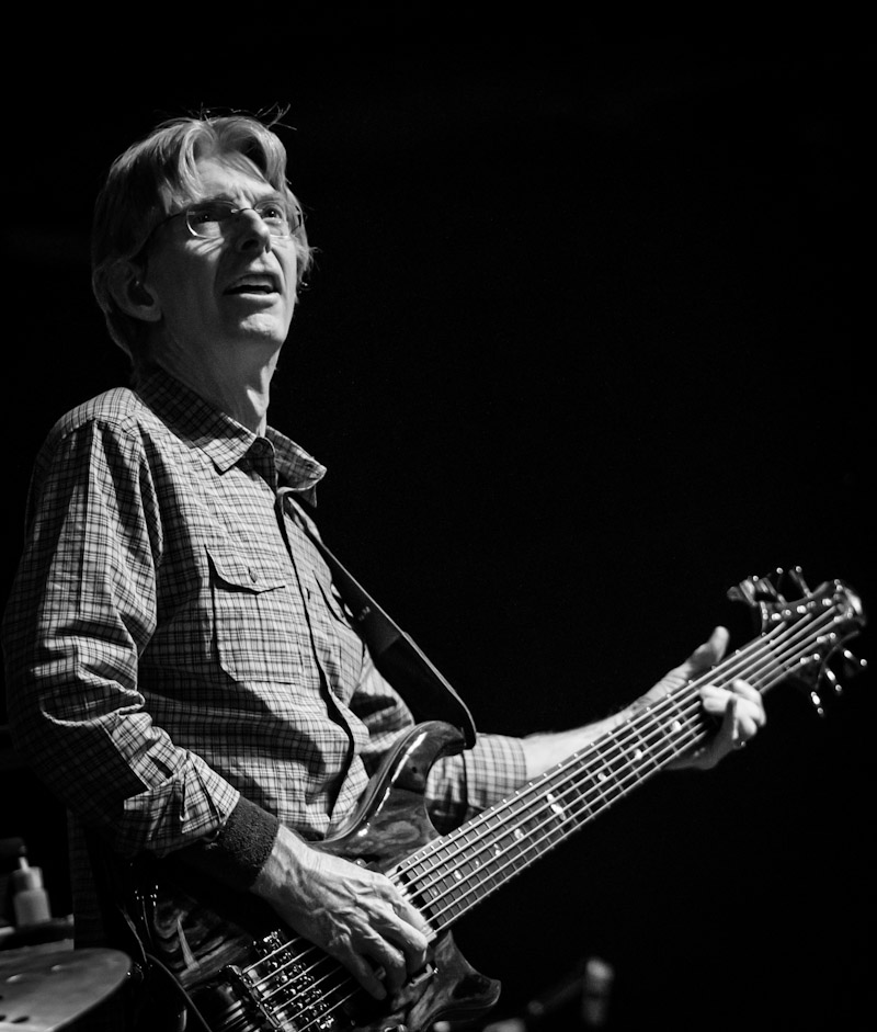 phil lesh and friends performed at brooklyn bowl las vegas travelivery. Black Bedroom Furniture Sets. Home Design Ideas