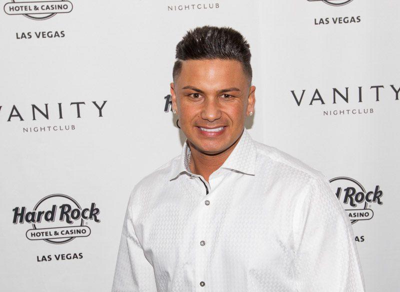 Dj Pauly D At Vanity Nightclub For Nye 03 Travelivery
