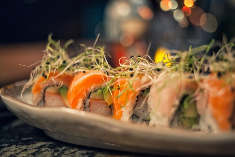 Lucky Foos Salmon Supreme Roll