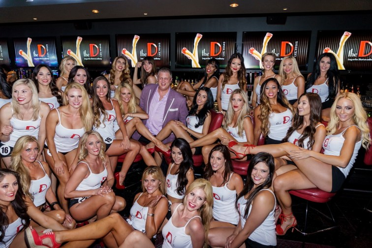 Miss D Legs Contestants with Owner Derek Stevens at LONGBAR (Glen Brogan)