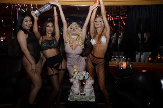 Courtney Stodden Celebrates with Cake