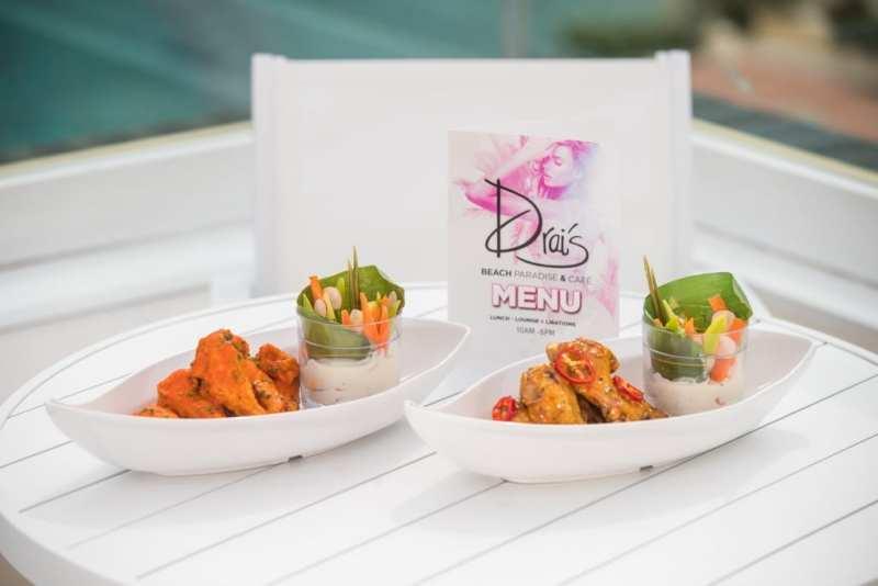 Drai's Cafe - Buffalo, Thai Chili Chicken Wings - by Tony Tran Photography