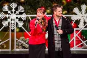 Cynthia Kiser Murphy joins Mark Shunock on stage