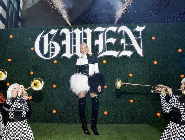 Gwen Stefani Arrival - Photo Credit- Denise Truscello