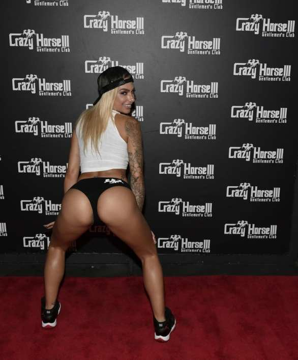 Juelz Ventura - Crazy Horse 3 Red Carpet