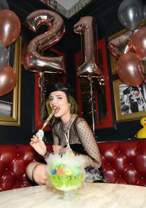 Bella Thorne has first adult Lollipop Passion goblet