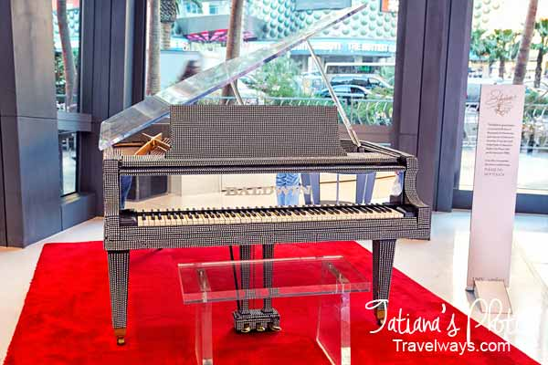 Liberace's Baldwin grand piano