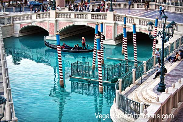 Pictures of Venetian Las Vegas: Canal Grande at the Venetian Hotel, Las Vegas