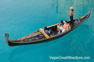 Pictures of Venetian Las Vegas: Authentic Venetian Gondola in Las Vegas
