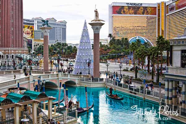 Pictures of Venetian Las Vegas: Winter Holidays at Venetian Las Vegas