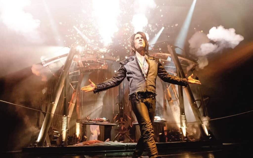 Criss Angel Mindfreak Live - Kid Friendly Shows in Vegas