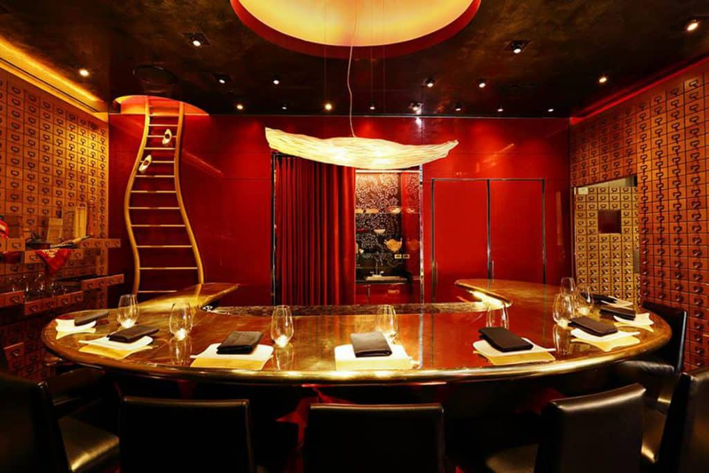 Dine at e by Jose Andres - Romantic things to do in Las Vegas