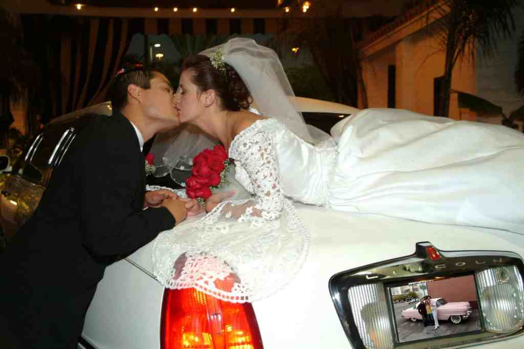 Las Vegas Limousine Wedding Ceremony - Las Vegas Wedding Chapels