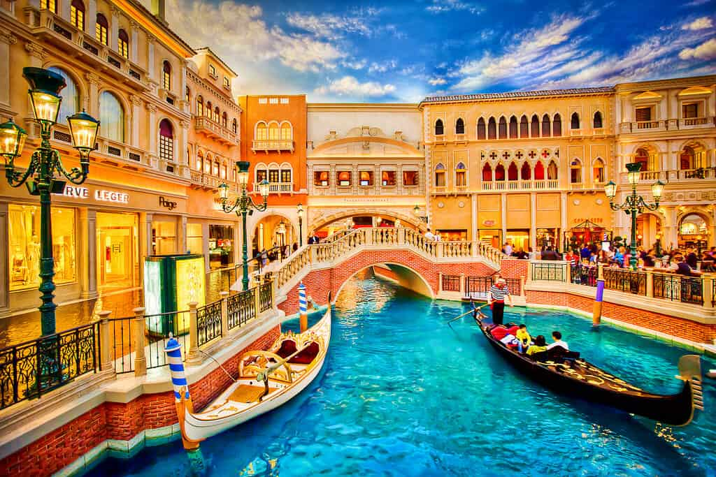 Gondola Ride at the Venetian - Things to do in Las Vegas with Kids