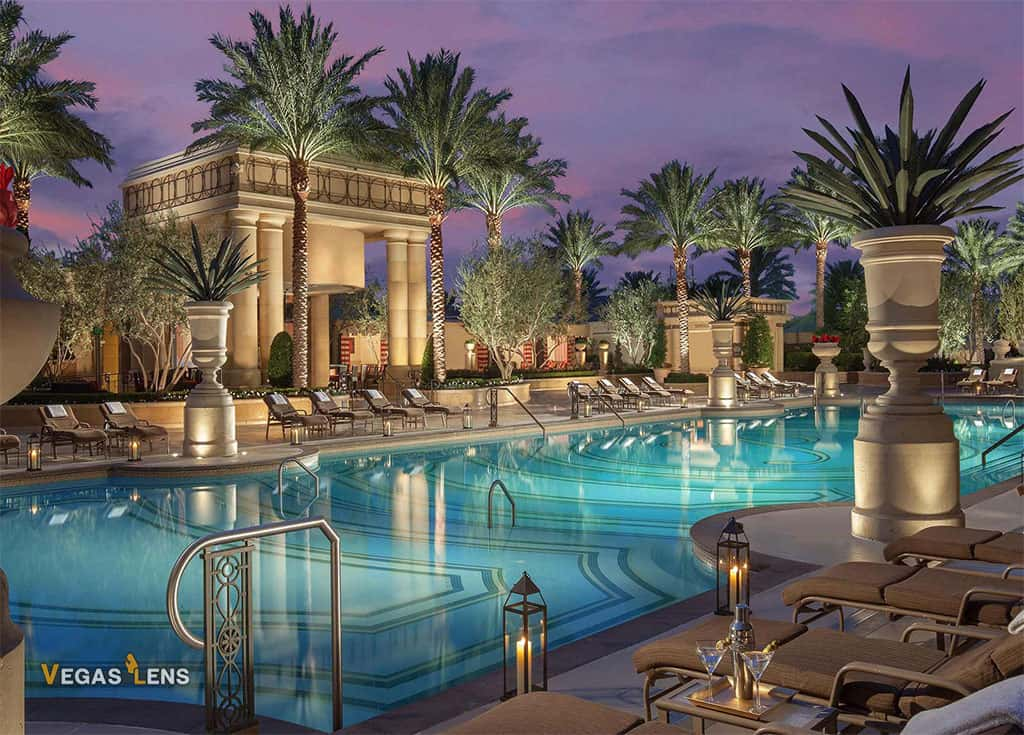 The Palazzo Las Vegas Pools - Family Pools In Las Vegas