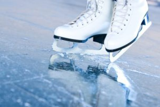 Ice skating is great cheap date in las vegas