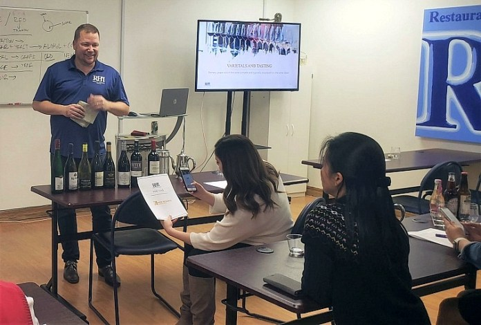 Las Vegas-Based Restaurant Hospitality Institute Resumes Server Training Courses, At-Home Wine & Spirits Appreciation Classes