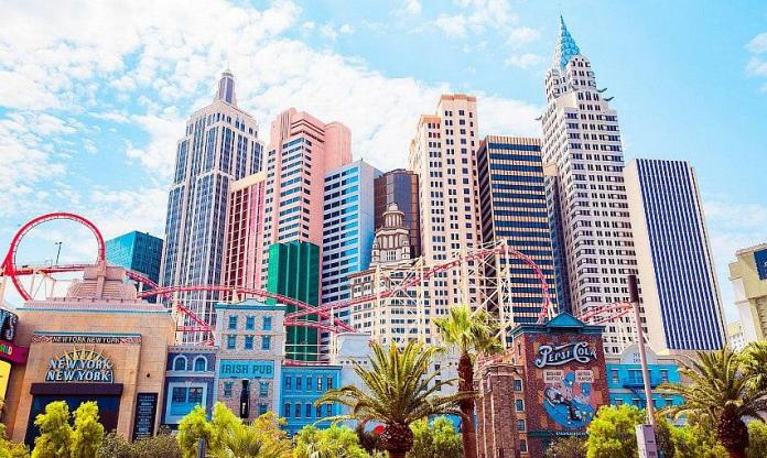 Four Great Reasons to Retire in Las Vegas
