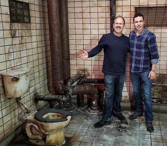 Josh Stolberg, Writer of Jigsaw and the New SAW Film Set to Release in May, Visits the Official SAW Escape Room in Las Vegas