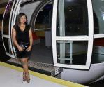 "Mindy Kaling from ""The Mindy Project"" rides The High Roller"